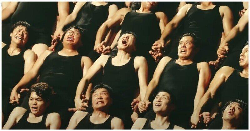 Креативный и безумный пример рекламы из Азии