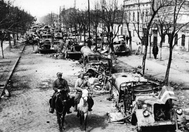 10 апреля 1944 года... Одесса освобождена от немецко-фашистских захватчиков