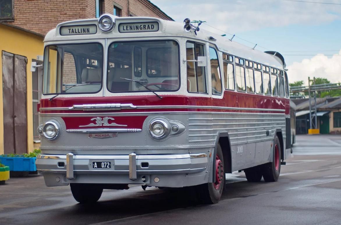 Советский междугородний автобус ЗиС/ЗиЛ-127 – советская туристическая роскошь