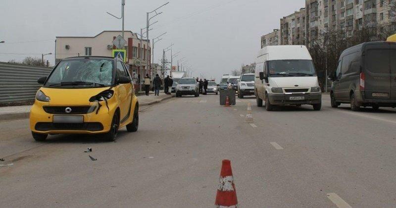 В Крыму автомобилистка за рулем «Смарта» сбила пожилую женщину на пешеходном переходе