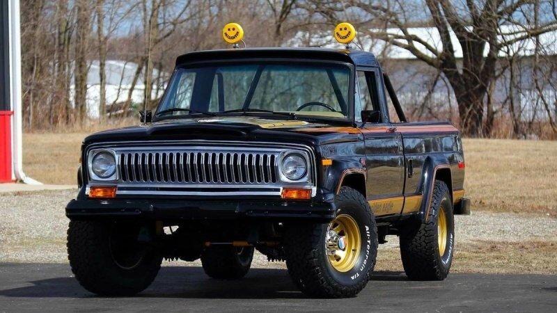 "Jeep J10 Golden Eagle — у нас был ""Белый орёл"", а у американцев - Золотой"