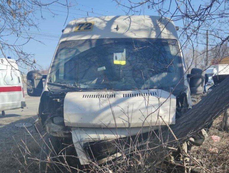 Авария дня.  ДТП с маршруткой в Челябинске