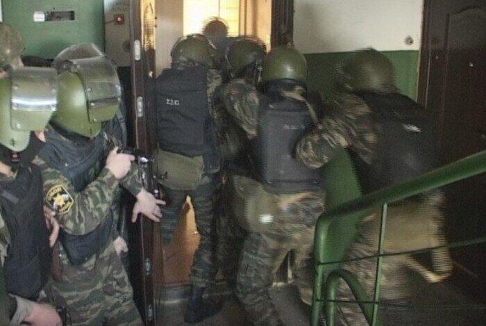 """Дело застреленного спецназом из-за четырёх рулонов обоев россиянина накрыли грифом """"секретно"""""""