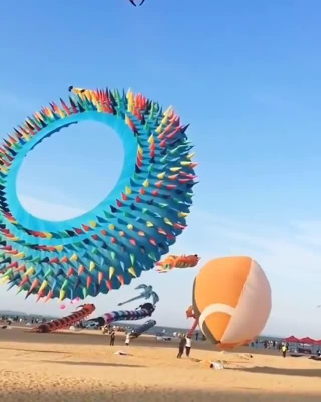 Видео с фестиваля воздушных змеев