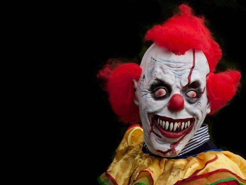 10 самых страшных клоунов из фильмов ужасов