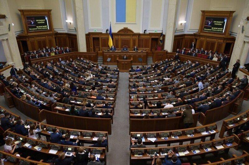 «Слуга народа» призвала разорвать дипотношения с РФ и ввести на Украину войска НАТО