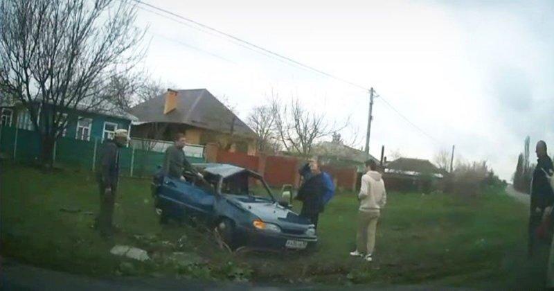 Эффектный вылет с дороги в Краснодарском крае