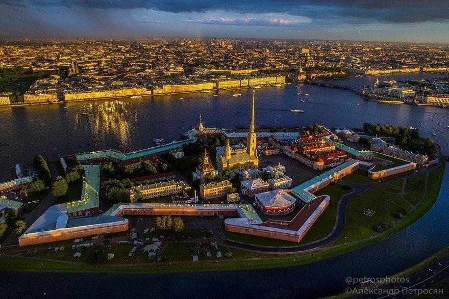 22 места в Петербурге, которые нужно посетить хотя бы раз в жизни
