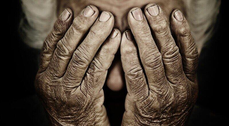 Пожилая миллионерша попалась на удочку мошенников и лишилась всех денег