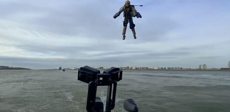Будущее армий за летающими солдатами?