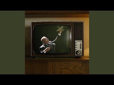 Лидер группы Rammstein исполнил советскую песню на русском языке