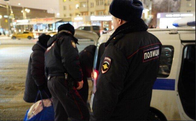 В Москве задержали полицейских за взятку в 12 миллионов рублей от потерпевшего