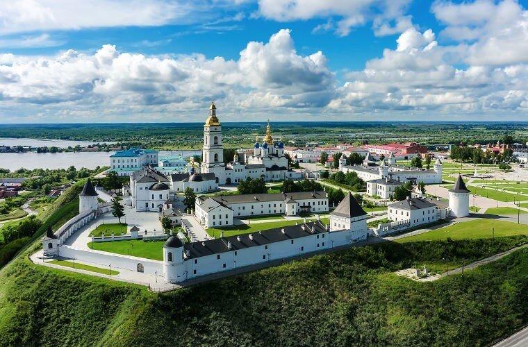 25 лучших кремлей в России