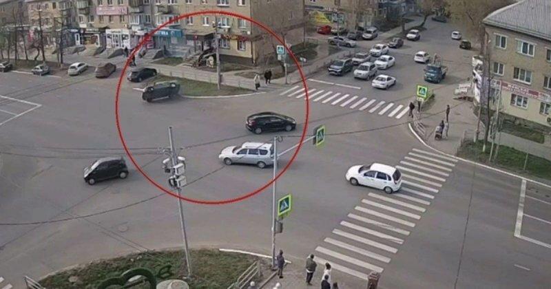 Авария дня. Техничная подсечка в Челябинской области