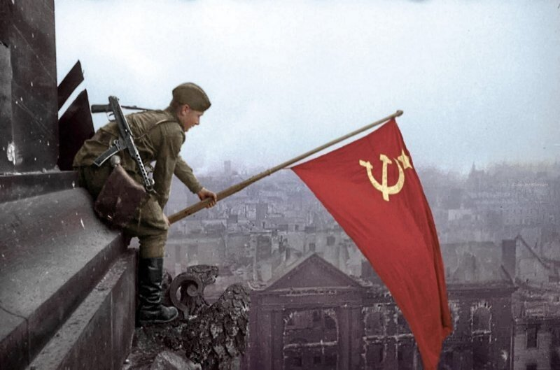 Депутаты собрались запретить приравнивать роли СССР и Германии во Второй мировой войне