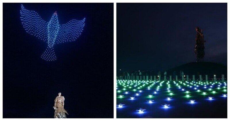 Световое шоу дронов над мемориалом во Ржеве