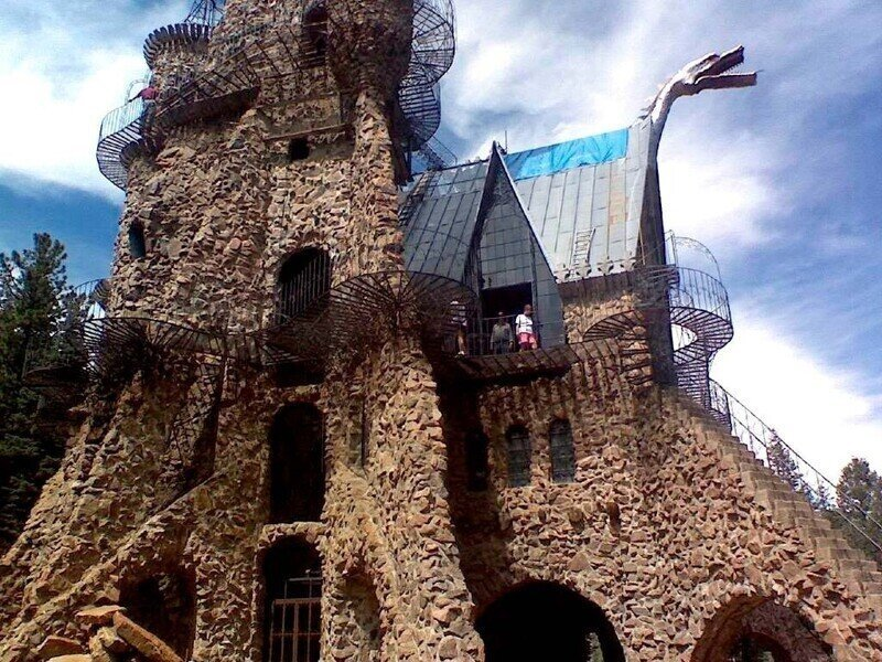 Замок Бишопа - сложный и замысловатый проект
