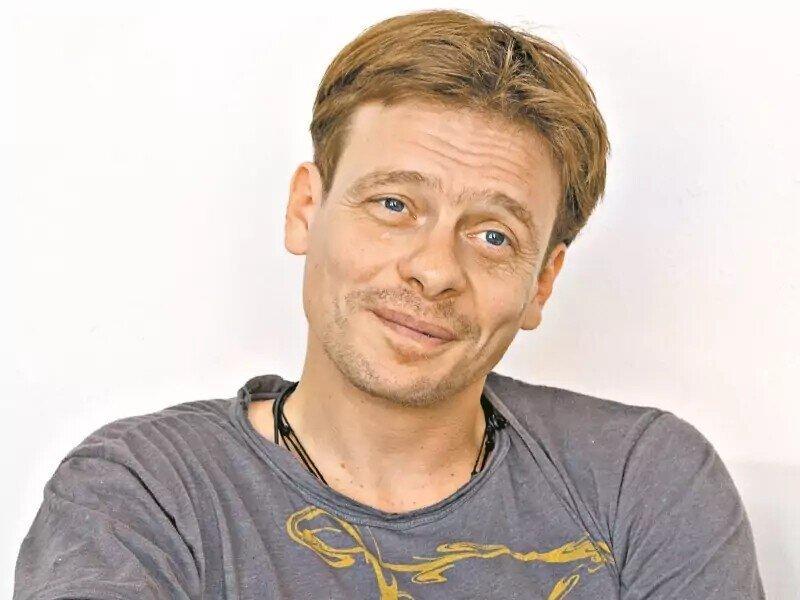 И этот туда же....Актер Майков раскритиковал парад Победы