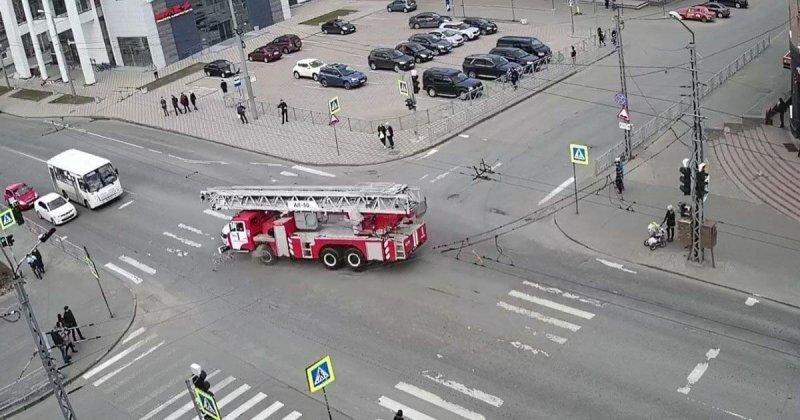 Авария дня. Столкновение с пожарной машиной в Петрозаводске