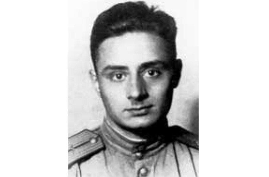 Подвиг лейтенанта Асадова, изменивший всю его жизнь