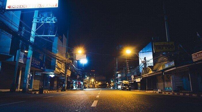 Фотографии ночной Паттайи. Таким опустевшим город вы еще не видели!