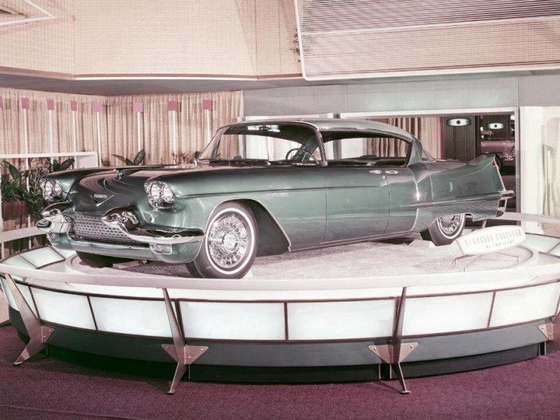 «Исклключительно по спецзаказу»: самый роскошный Cadillac конца 50-х