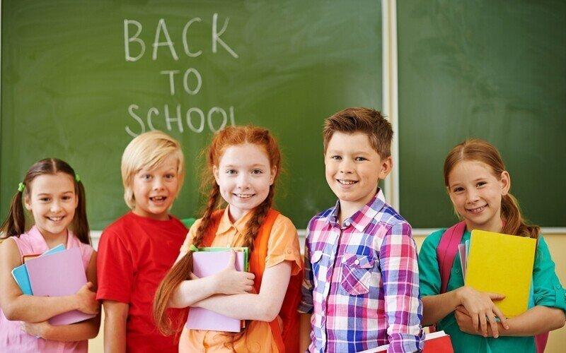Ребенок в США говорит на английском к 3 годам. А ты не можешь его выучить за 15 лет