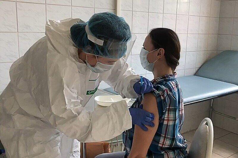 В Госдуме признали провал вакцинации от коронавируса