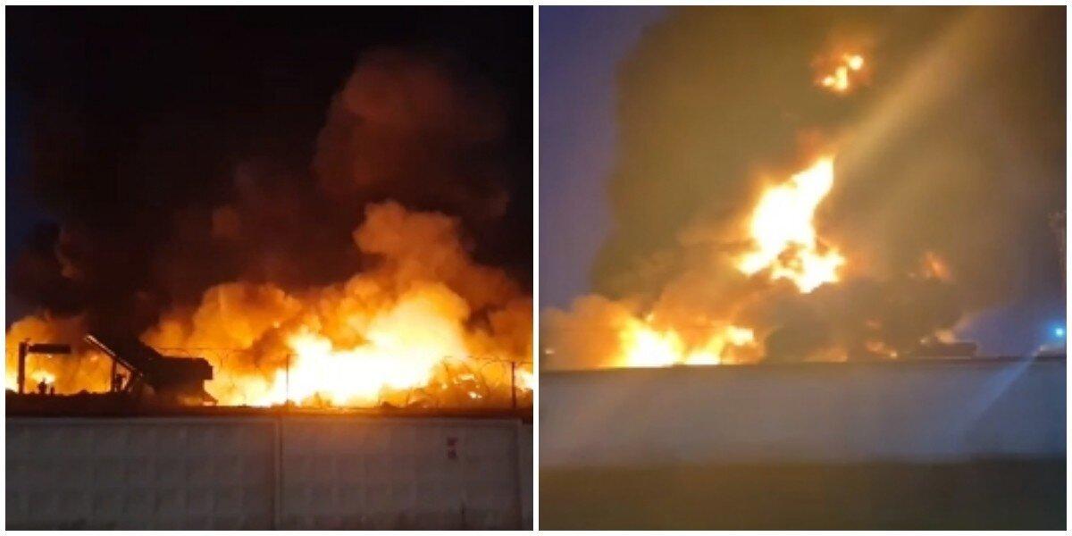 Сильный пожар охватил металлобазу в Москве