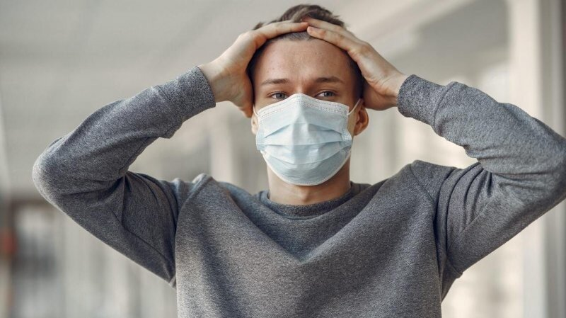 """У заразившихся """"индийским"""" COVID-19 обнаружили новые симптомы заболевания"""