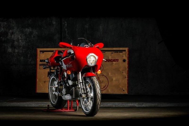 Капсула времени: редкий  Ducati MH900e 2002 года с заводским транспортировочным ящиком