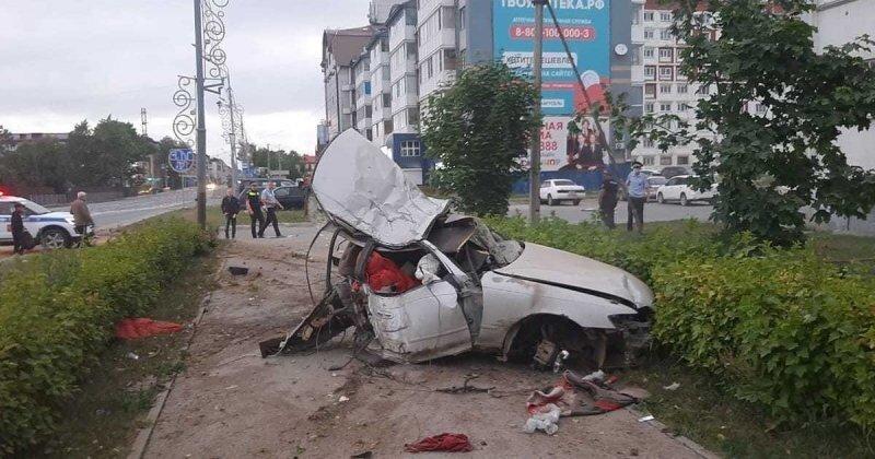 Авария дня. Водитель разбился, уходя от полицейской погони