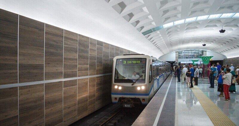 Сотрудники метро решили подзаработать на криптовалюте и попались