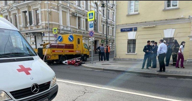 Авария дня. Мотоциклист впал в кому после ДТП в центре столицы