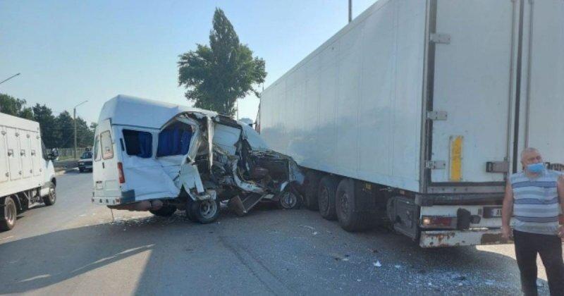 Авария дня. Семь человек пострадали в ДТП с маршруткой в Ростовской области