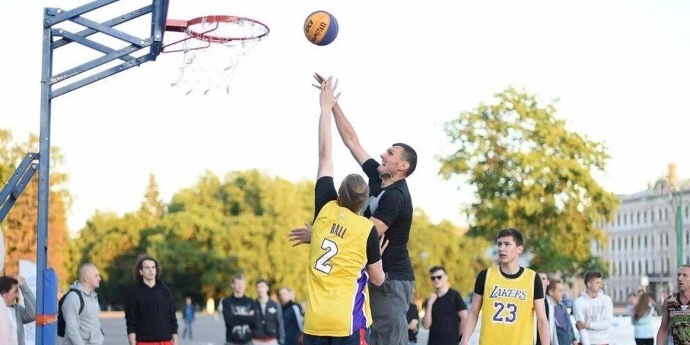 «Гитлеровцы»: на Украине название школьной команды по баскетболу вызвала скандал