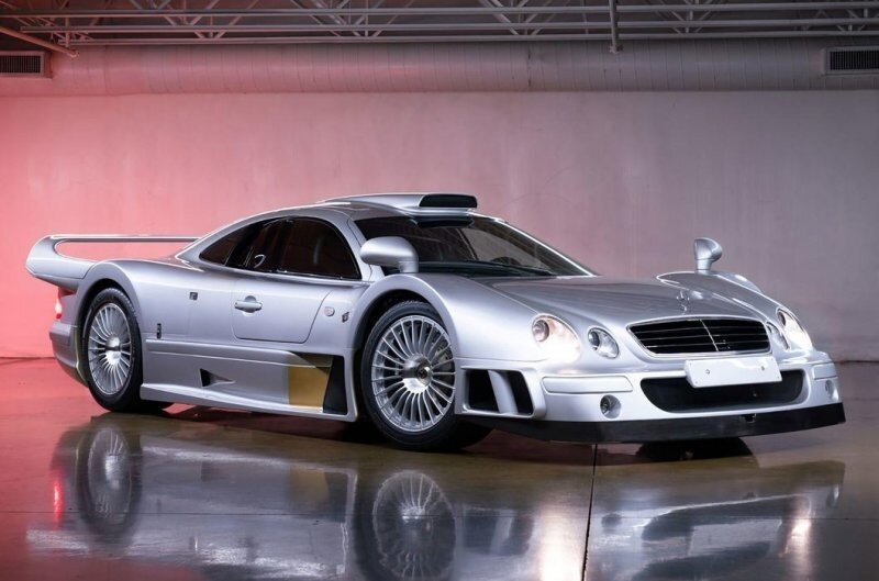 Отличное вложение денег: Mercedes-Benz AMG CLK GTR подорожал в два раза за три года и теперь стоит 10 миллионов долларов