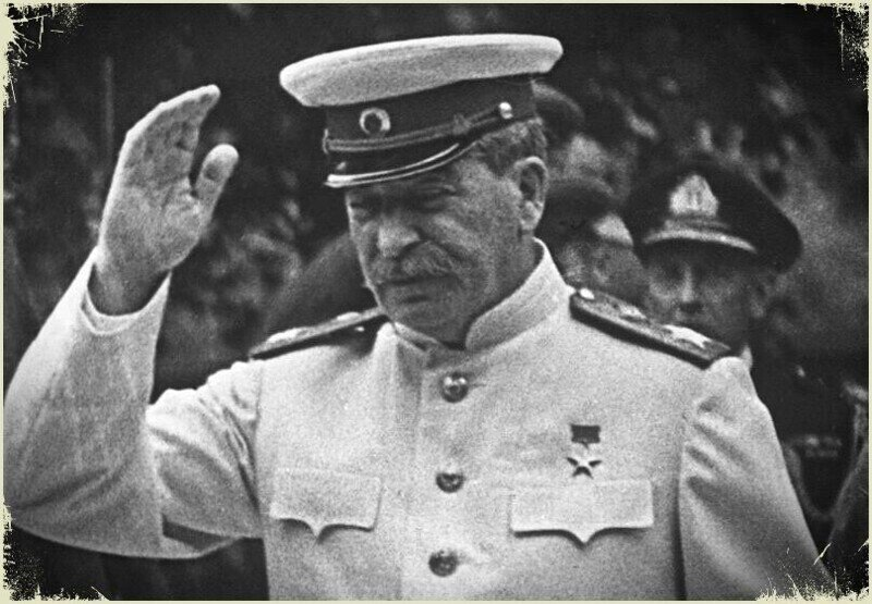 Курсант ударил Сталина на людях. Что с ним стало?