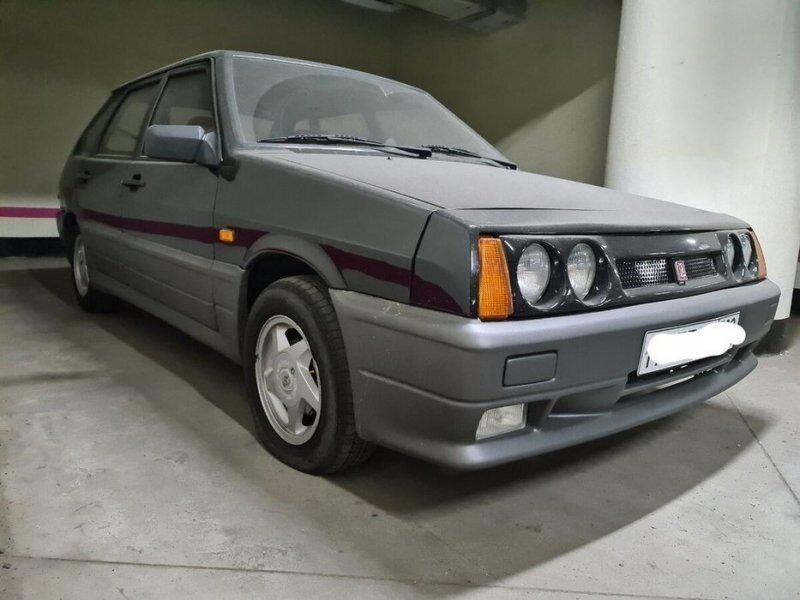 Lada Carlota — бельгийская версия Lada Samara
