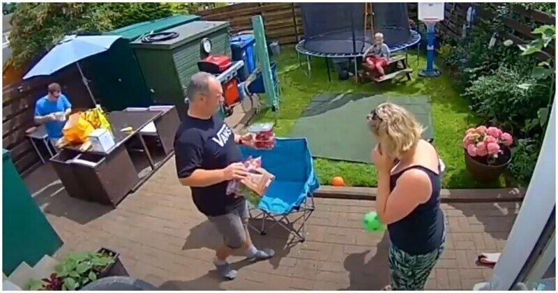 Члены семьи не заметили впечатляющий трюк мужчины