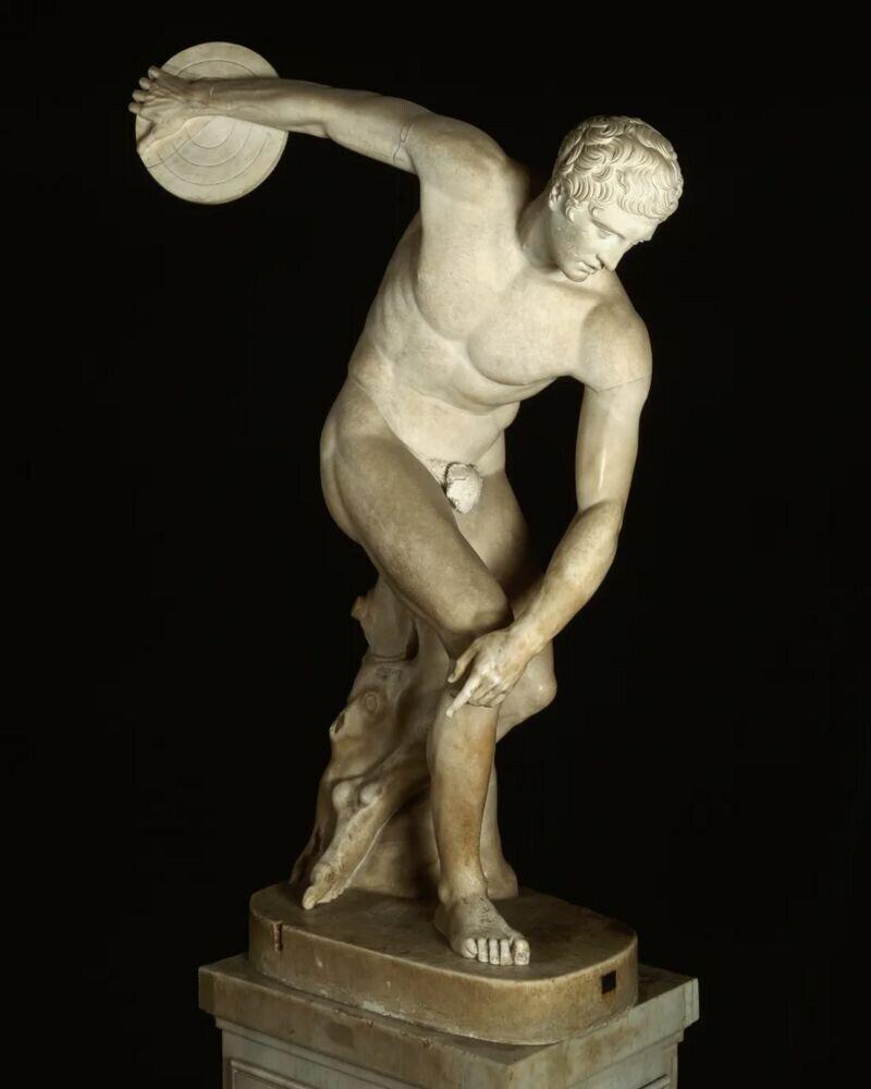 Что, если олимпийцы вернулись бы к традиции соревноваться обнаженными?