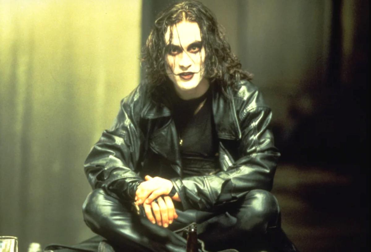 """""""Ворон"""" - как снимался стильный мистический фильм 1994 года?"""