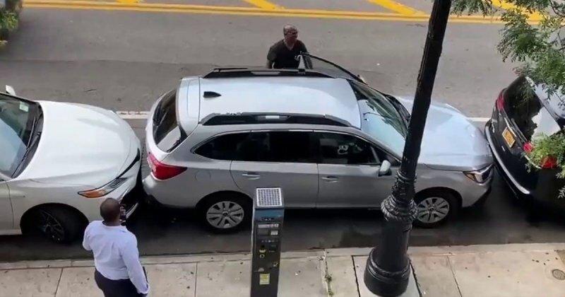 Мастерский миллиметраж: водитель из Нью-Йорка выезжает из невероятно тесной ловушки