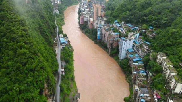 Добро пожаловать в Яньцзинь, самый узкий город в мире