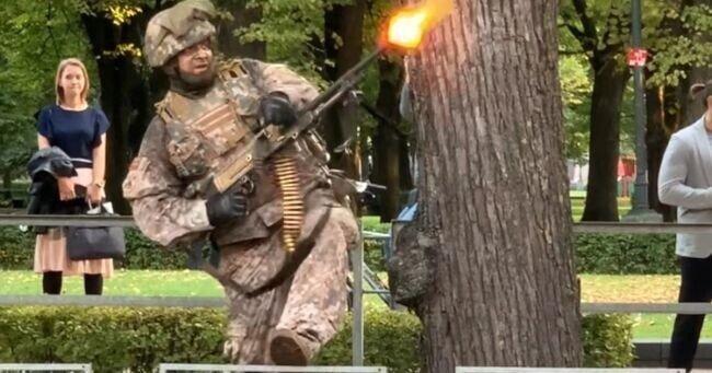 «Это уже Путин напал?» — в Риге стрельба и взрывы