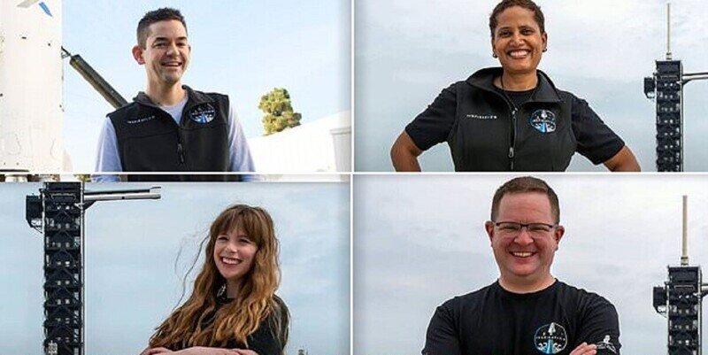 SpaceX запускает в космос первый гражданский экипаж