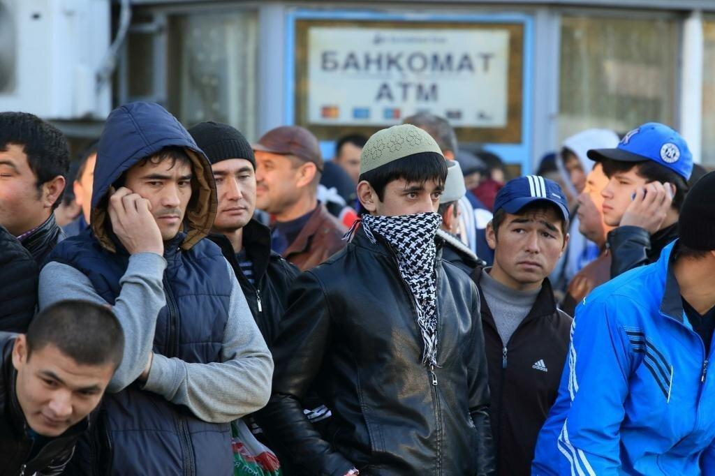 Президент Федерации мигрантов России Вадим Коженов призвал власти и СМИ не освещать преступления мигрантов