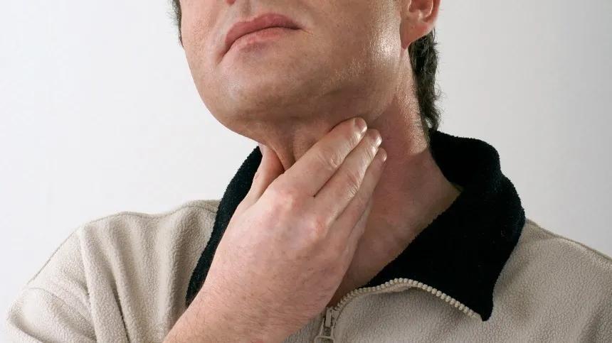 Московские врачи помогли пациенту избавиться от растущих в гортани волос