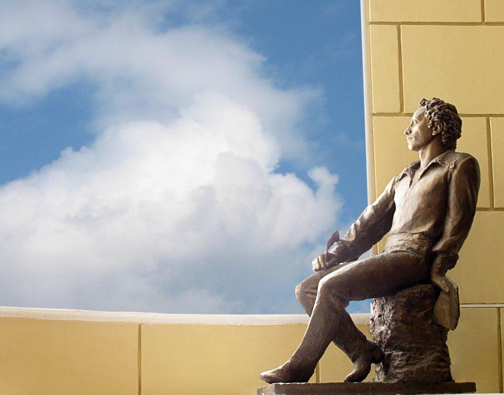 Альма-матер гениев и творцов: кому адресовал Пушкин свое стихотворение «19 октября»?