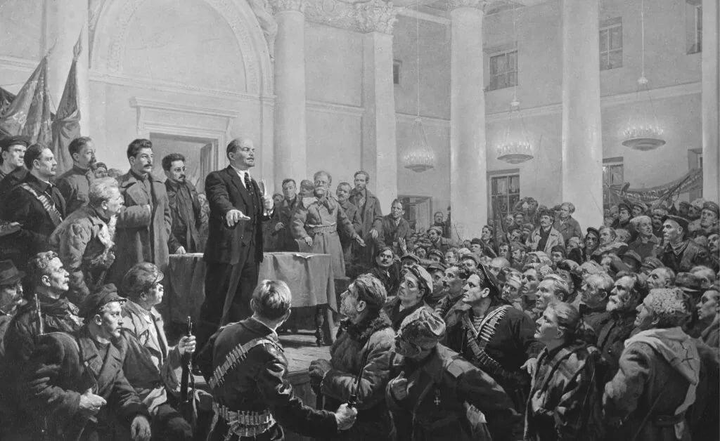 Почему большевикам удалось прийти к власти в 1917 году?